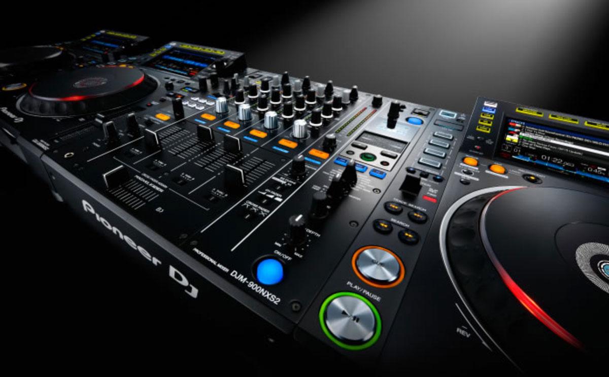 Pioneer DJM-900NXS2.